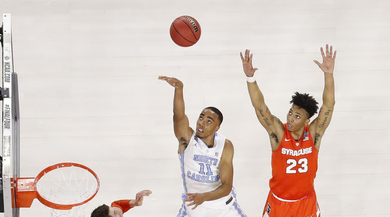North Carolina forward Brice Johnson (11) shoots against Syracuse during the second half of the NCAA Final Four tournament college basketball semifinal game Saturday, April 2, 2016, in Houston. (AP Photo/Michael Simmons)