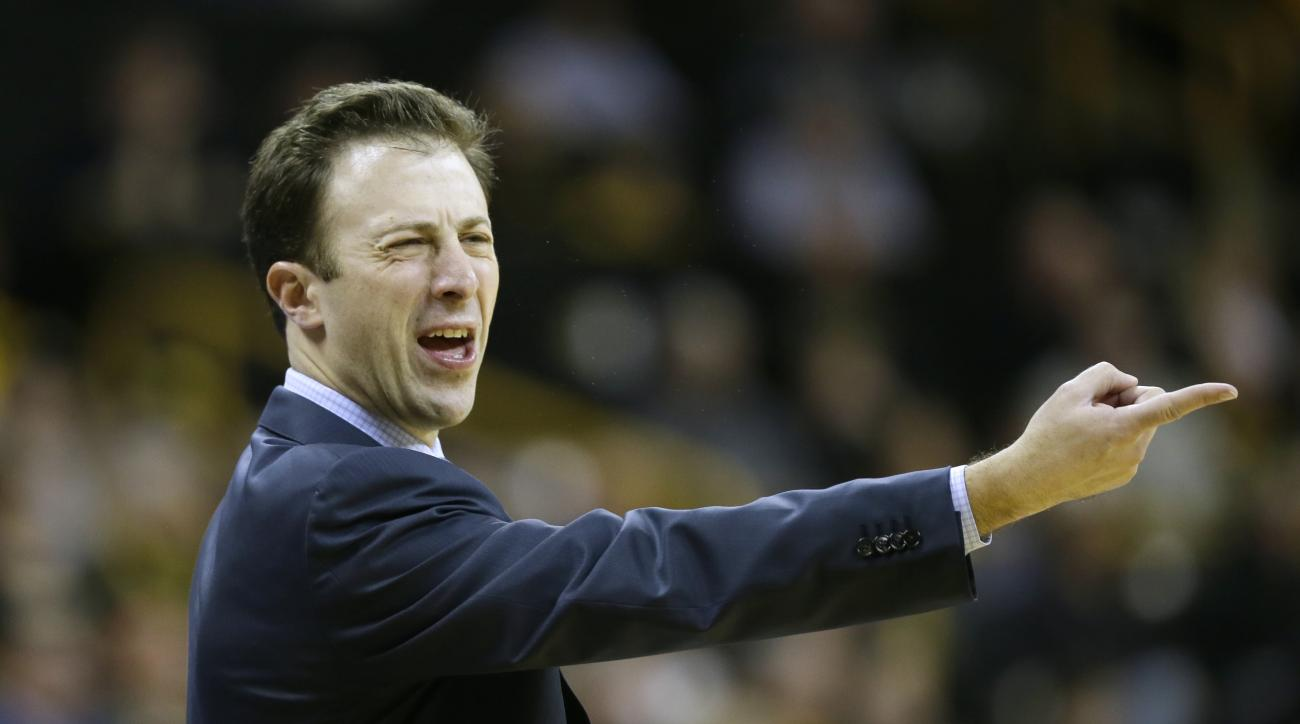Minnesota head coach Richard Pitino reacts during the first half of an NCAA college basketball game against Iowa, Sunday, Feb. 14, 2016, in Iowa City, Iowa. (AP Photo/Charlie Neibergall)