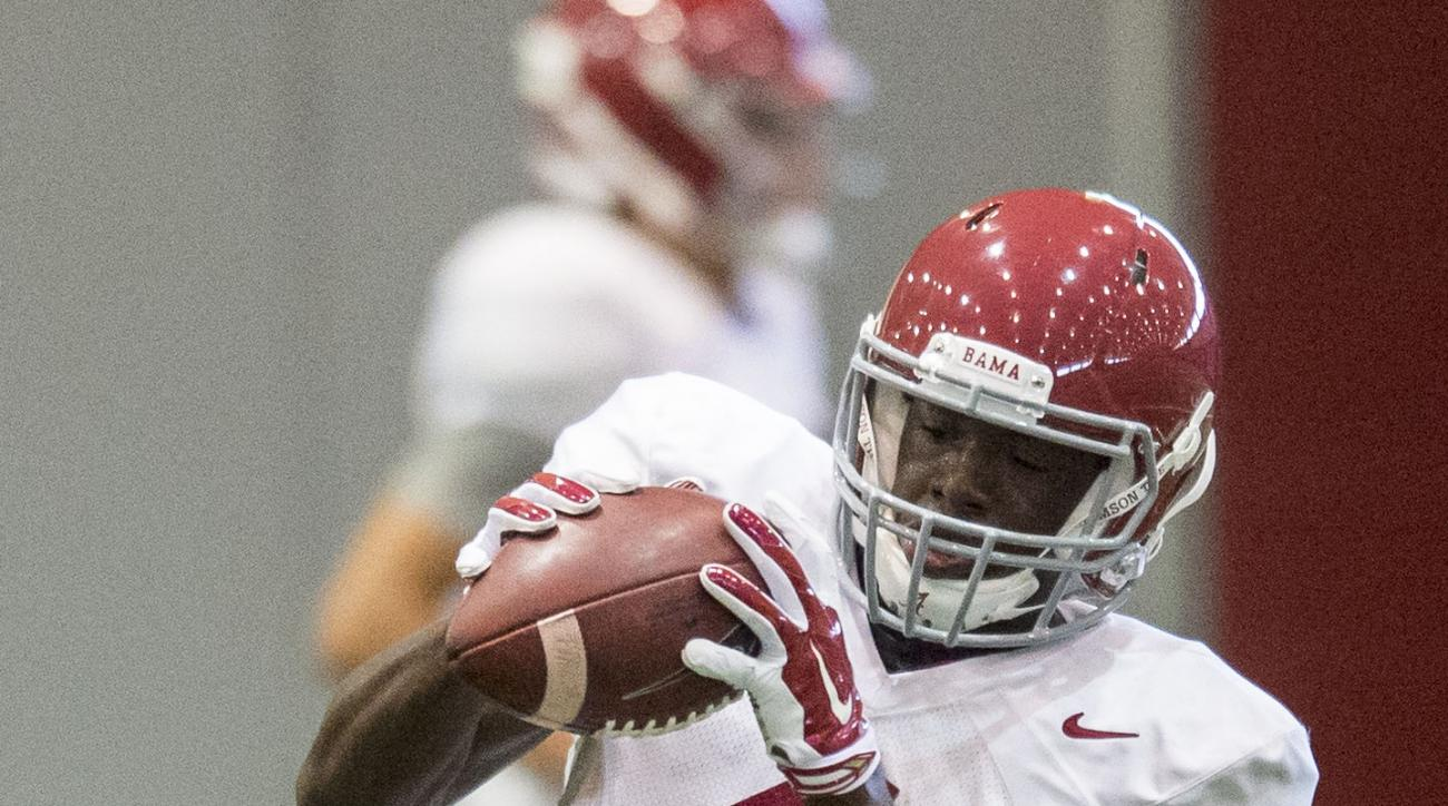 Alabama wide receiver Daylon Charlot catches the ball during NCAA college football practice Tuesday, Aug. 18, 2015, in Tuscaloosa, Ala. (Vasha Hunt/AL.com via AP)