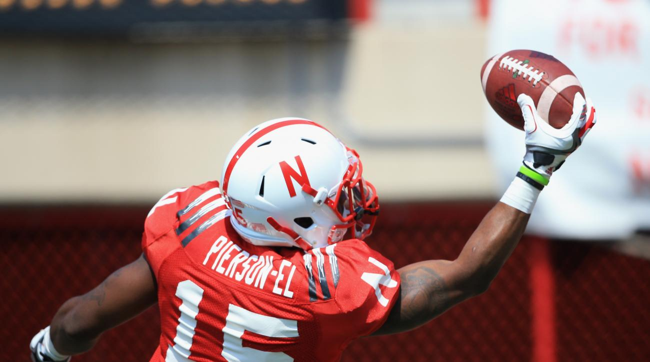 Red Team wide receiver De'Mornay Pierson-EI (15) makes a one-handed catch during warmups before Nebraska's annual NCAA college football Red-White spring game in Lincoln, Neb., Saturday, April 11, 2015. (AP Photo/Nati Harnik)