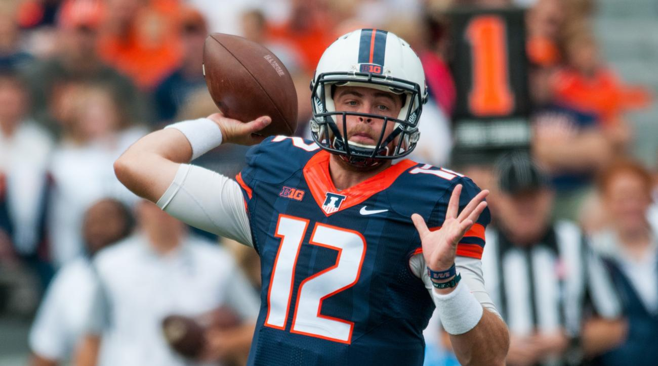 Illinois quarterback Wes Lunt (12) throws a pass during the first quarter of an NCAA college football game against Western Illinois, Saturday, Sept. 12, 2015, at Memorial Stadium in Champaign, Ill. (AP Photo/Bradley Leeb)