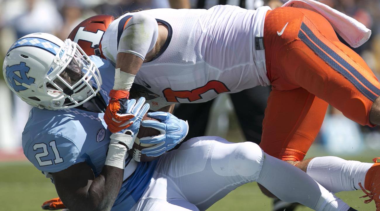 North Carolina's Romar Morris (21) scores a touchdown on a seven yard run in the second quarter against Illinois on Saturday, Sept. 19, 2015 at Kenan Stadium in Chapel Hill, N.C. (Robert Willett/The News & Observer via AP)