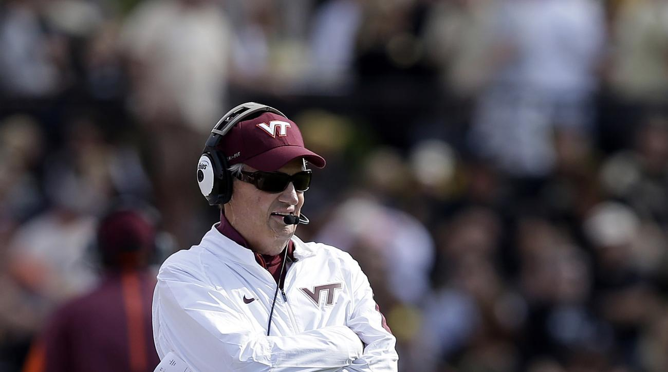 Virginia Tech head coach Frank Beamer watches during the first half of an NCAA college football game against Purdue, Saturday, Sept. 19, 2015 in West Lafayette, Ind. (AP Photo/Darron Cummings)