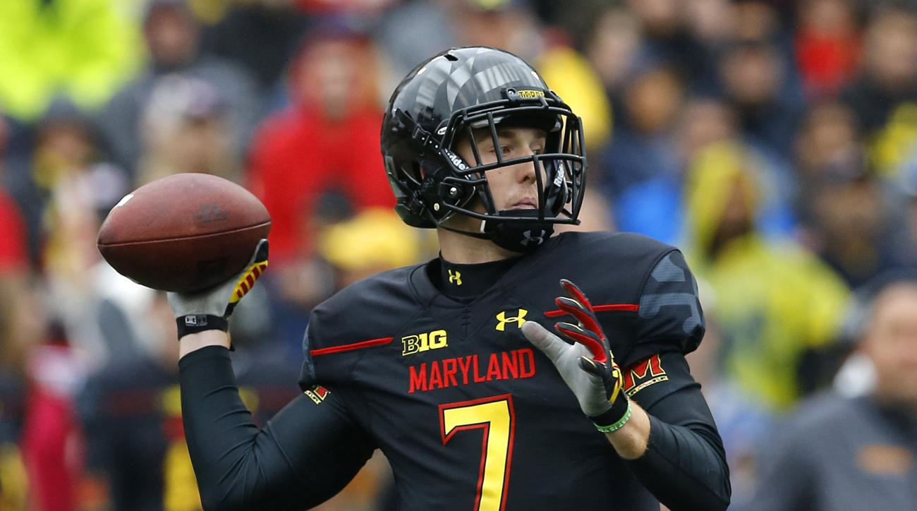 Maryland quarterback Caleb Rowe throws to a receiver in the first half of an NCAA college football game against Michigan, Saturday, Oct. 3, 2015, in College Park, Md. (AP Photo/Patrick Semansky)