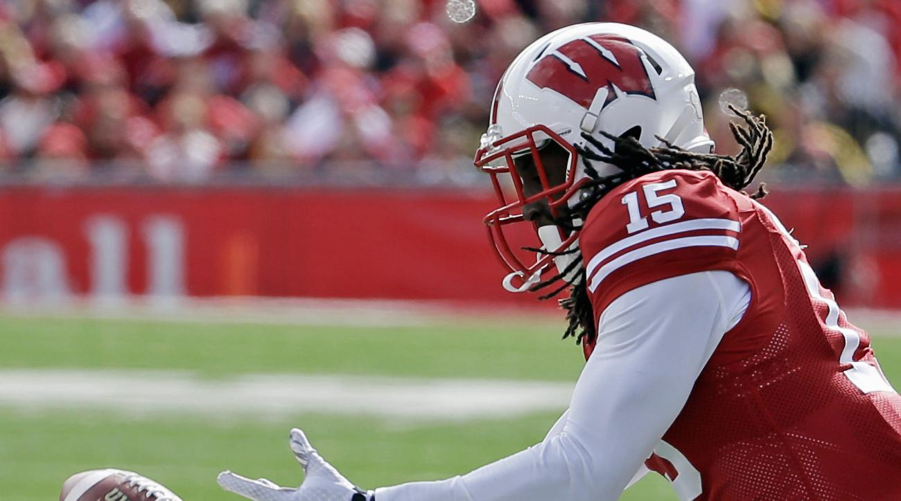 Wisconsin's Robert Wheelwright can't hang onto a pass during the second half of an NCAA college football game against Iowa, Saturday, Oct. 3, 2015, in Madison, Wis. Iowa won 10-6. (AP Photo/Morry Gash)