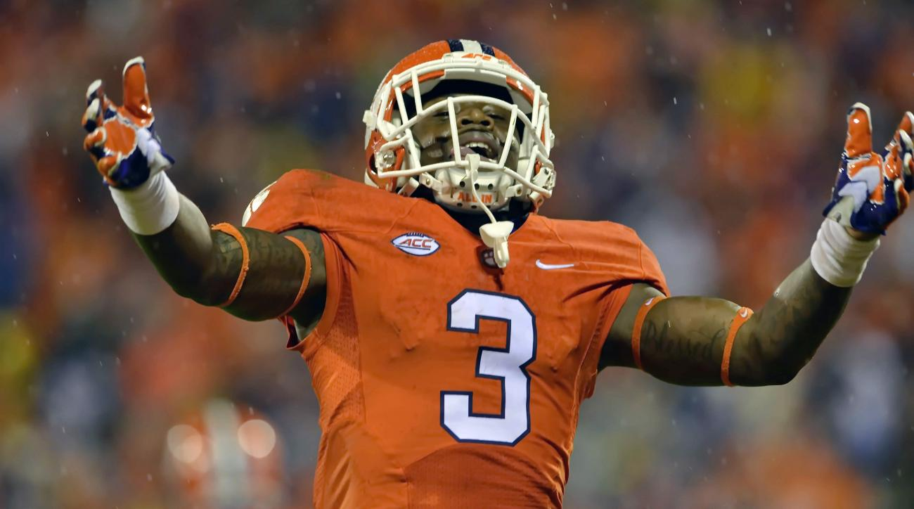 Clemson's Artavis Scott reacts after scoring a touchdown during the first half of an NCAA college football game against Notre Dame, Saturday, Oct. 3, 2015, in Clemson, S.C. (AP Photo/Richard Shiro)