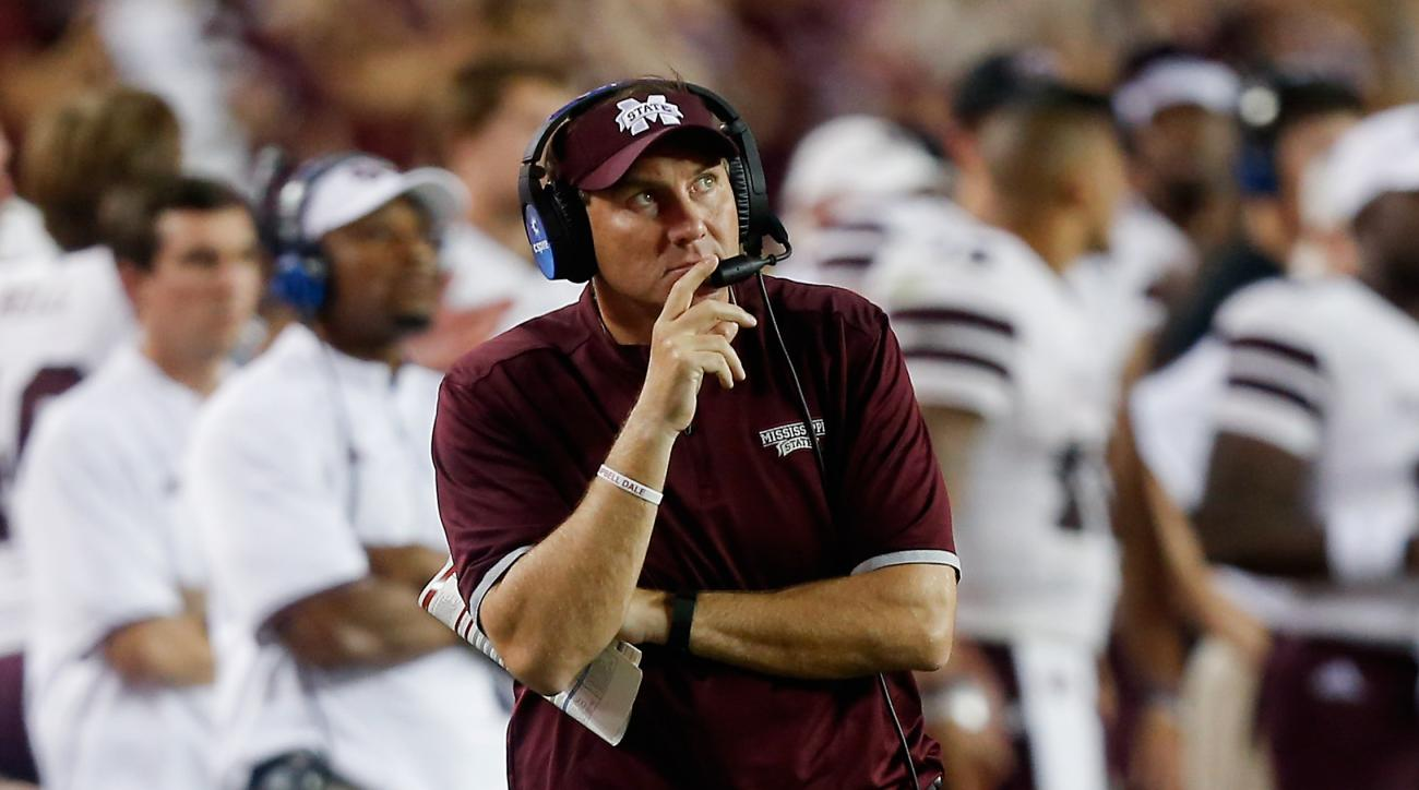 Mississippi State head coach Dan Mullen looks on from the sidelines during the second half of an NCAA college football game Saturday, Oct. 3, 2015, in College Station, Texas. Texas A&M won 30-17. (AP Photo/Bob Levey)