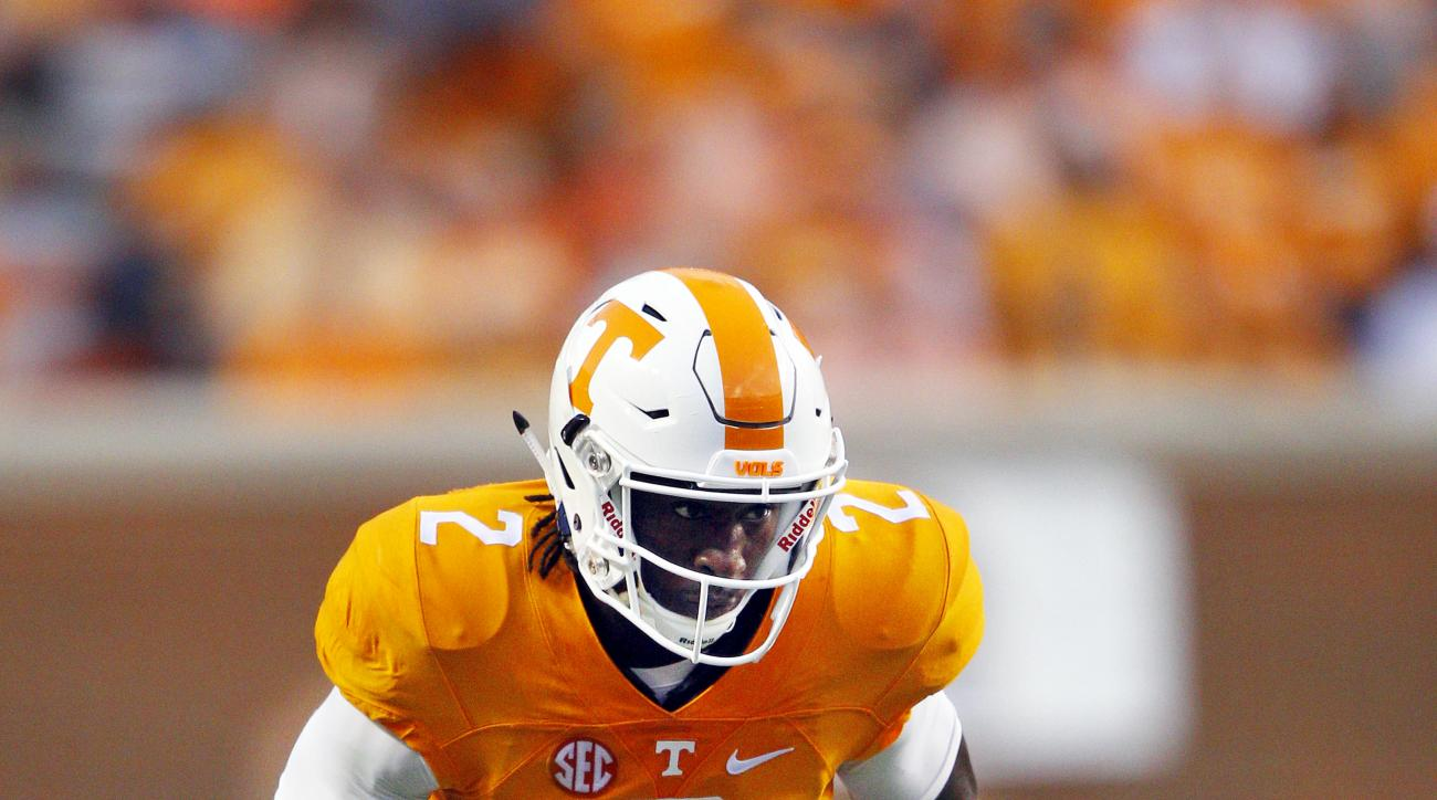 Tennessee wide receiver Pig Howard (2) during the first half of an NCAA college football game against Western Carolina Saturday, Sept. 19, 2015 in Knoxville, Tenn. (AP Photo/Wade Payne)