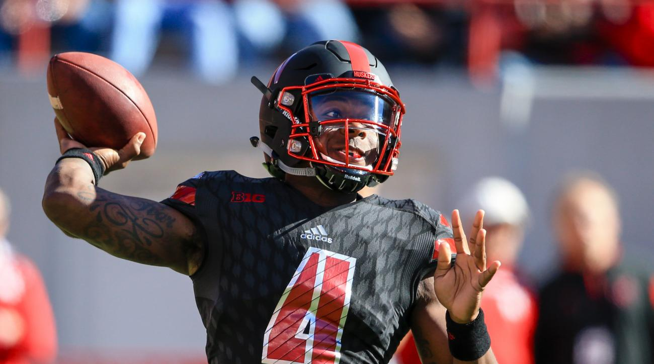 Nebraska quarterback Tommy Armstrong Jr. (4) throws during the first half of an NCAA college football game against Northwestern in Lincoln, Neb., Saturday, Oct. 24, 2015. (AP Photo/Nati Harnik)