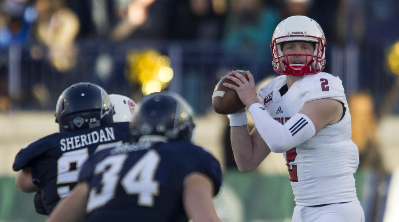 In this photo provided by Montana State University, Southern Utah quarterback Ammon Olsen (2) looks for a receiver during the second half of an NCAA football game against Southern Utah, Saturday, Nov. 7, 2015 in Bozeman, Mont. (Kelly Gorham/Montana State