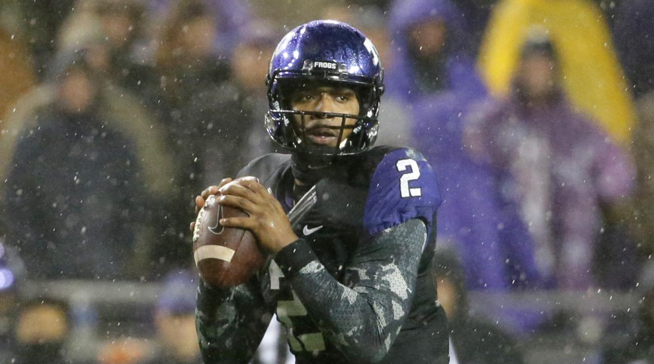 TCU quarterback Trevone Boykin prepares to pass against Baylor during the first half of an NCAA college football game Friday, Nov. 27, 2015, in Fort Worth, Texas. (AP Photo/Tony Gutierrez)