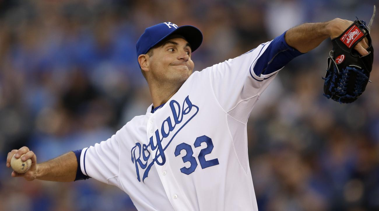 Kansas City Royals starting pitcher Chris Young delivers to a Detroit Tigers batter during the first inning of a baseball game at Kauffman Stadium in Kansas City, Mo., Friday, May 1, 2015. (AP Photo/Orlin Wagner)