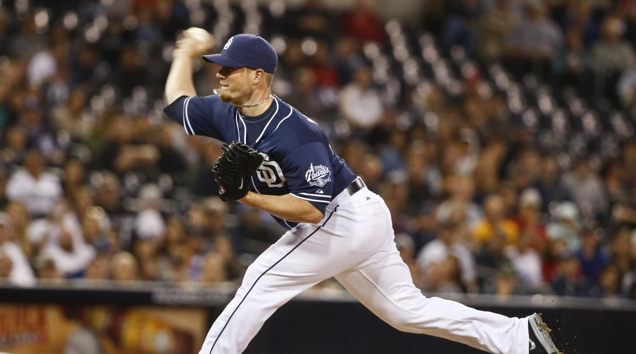 San Diego Padres closer Craig Kimbrel closes out the Padres' 4-2 victory over the Colorado Rockies in a baseball game Saturday, May 2, 2015, in San Diego. (AP photo/Lenny Ignelzi)