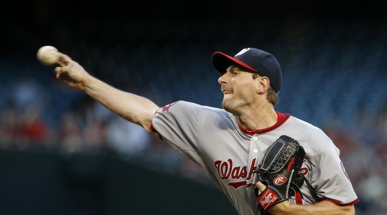 Washington Nationals' Max Scherzer throws a pitch against the Arizona Diamondbacks during the first inning of a baseball game Monday, May 11, 2015, in Phoenix. (AP Photo/Ross D. Franklin)