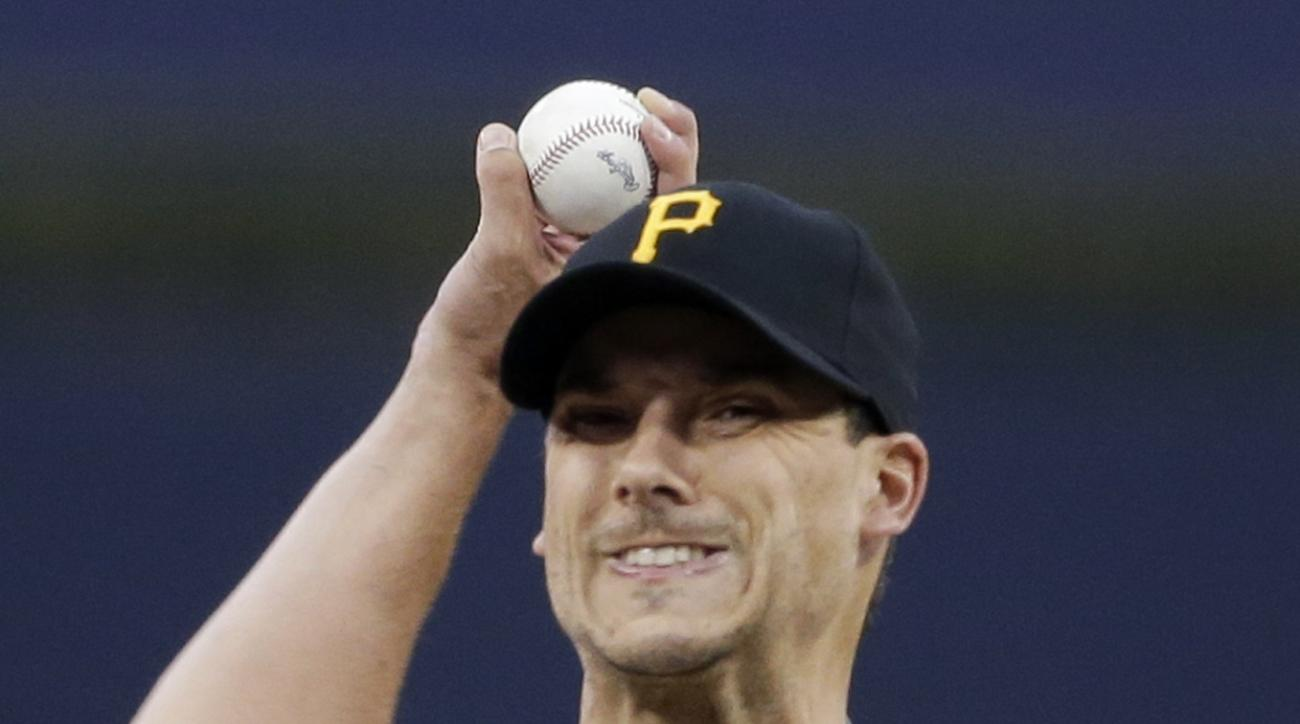 Pittsburgh Pirates pitcher Charlie Morton works against a San Diego Padres during the first inning of a baseball game Saturday, May 30, 2015, in San Diego. (AP Photo/Gregory Bull)