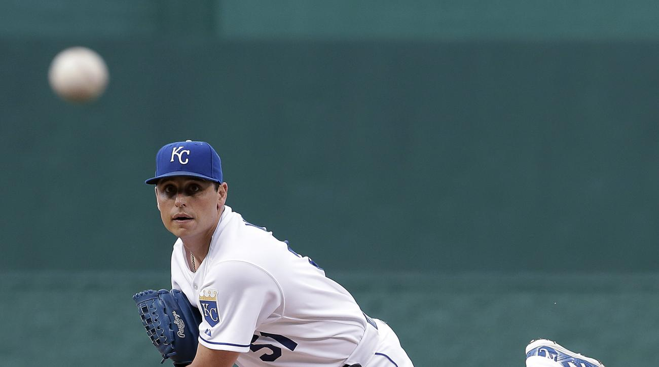 Kansas City Royals starting pitcher Jason Vargas throws during the first inning of a baseball game against the Cleveland Indians, Wednesday, June 3, 2015, in Kansas City, Mo. (AP Photo/Charlie Riedel)