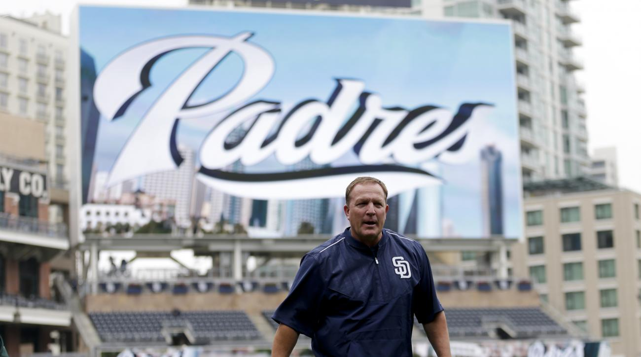 Pat Murphy, the San Diego Padres newly-named interim manager, walks off the field before the Padres play the Oakland Athletics in a baseball game, Tuesday, June 16, 2015, in San Diego. The Padres named Murphy  the club's interim manager for the remainder