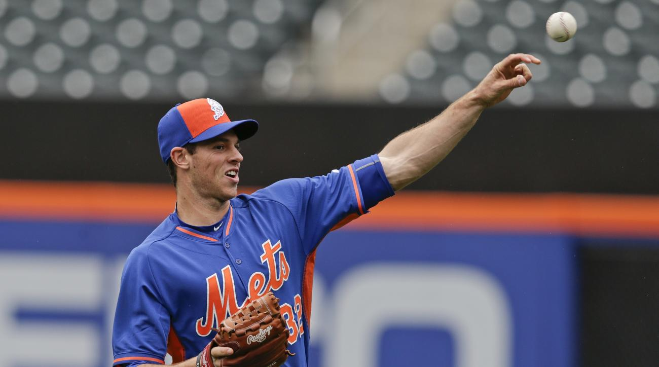 New York Mets pitcher Steven Matz throws the ball before a baseball game against the Cincinnati Reds Saturday, June 27, 2015, in New York. (AP Photo/Frank Franklin II)