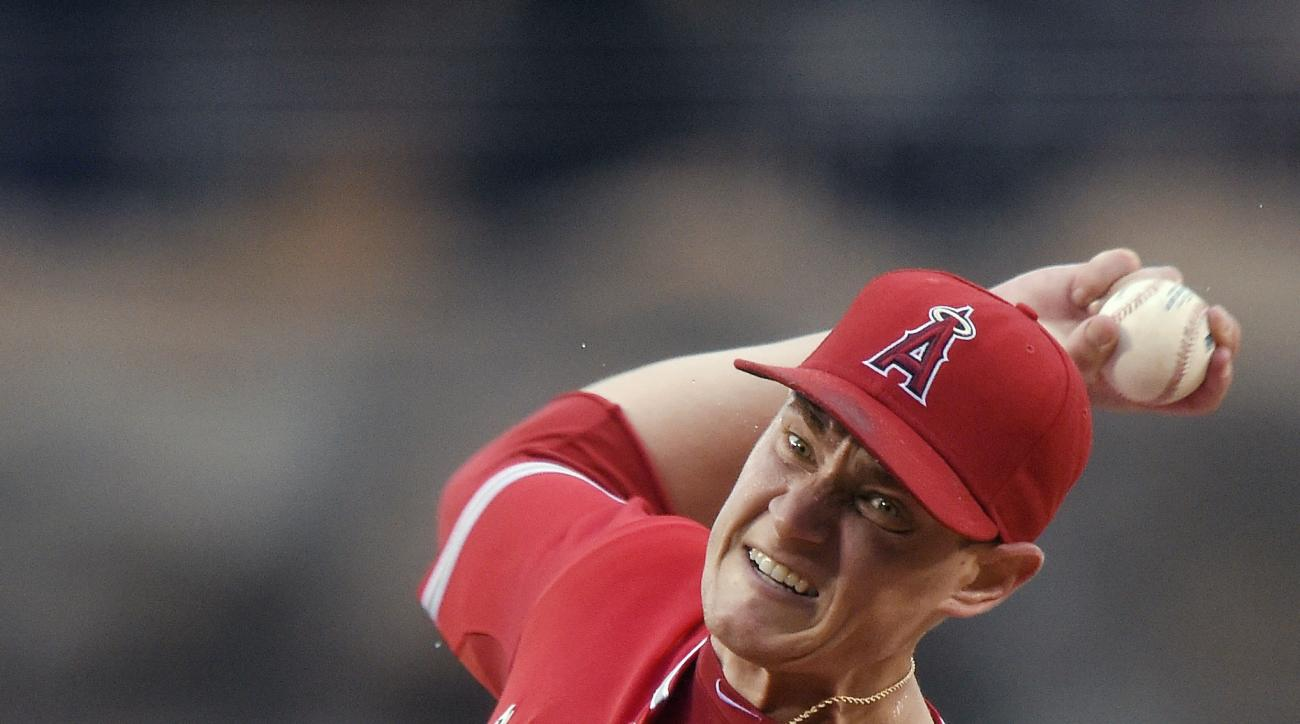 Los Angeles Angels starting pitcher Garrett Richards throws to the plate during the first inning of a baseball game against the Boston Red Sox, Saturday, July 18, 2015, in Anaheim, Calif. (AP Photo/Mark J. Terrill)