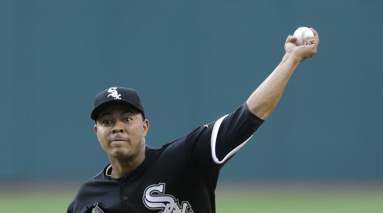 Chicago White Sox starting pitcher Jose Quintana delivers in the first inning of a baseball game against the Cleveland Indians, Friday, July 24, 2015, in Cleveland. (AP Photo/Tony Dejak)