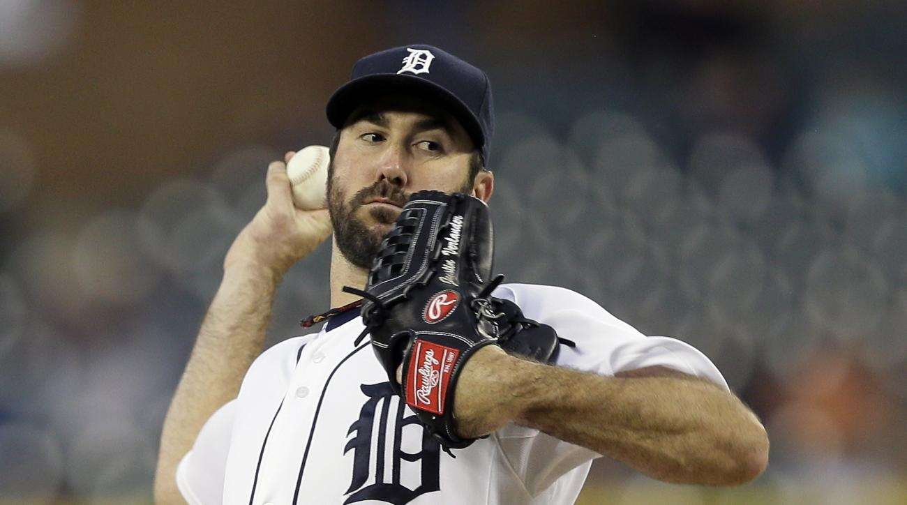 Detroit Tigers starting pitcher Justin Verlander throws during the first inning of a baseball game against the Los Angeles Angels, Wednesday, Aug. 26, 2015, in Detroit. (AP Photo/Carlos Osorio)