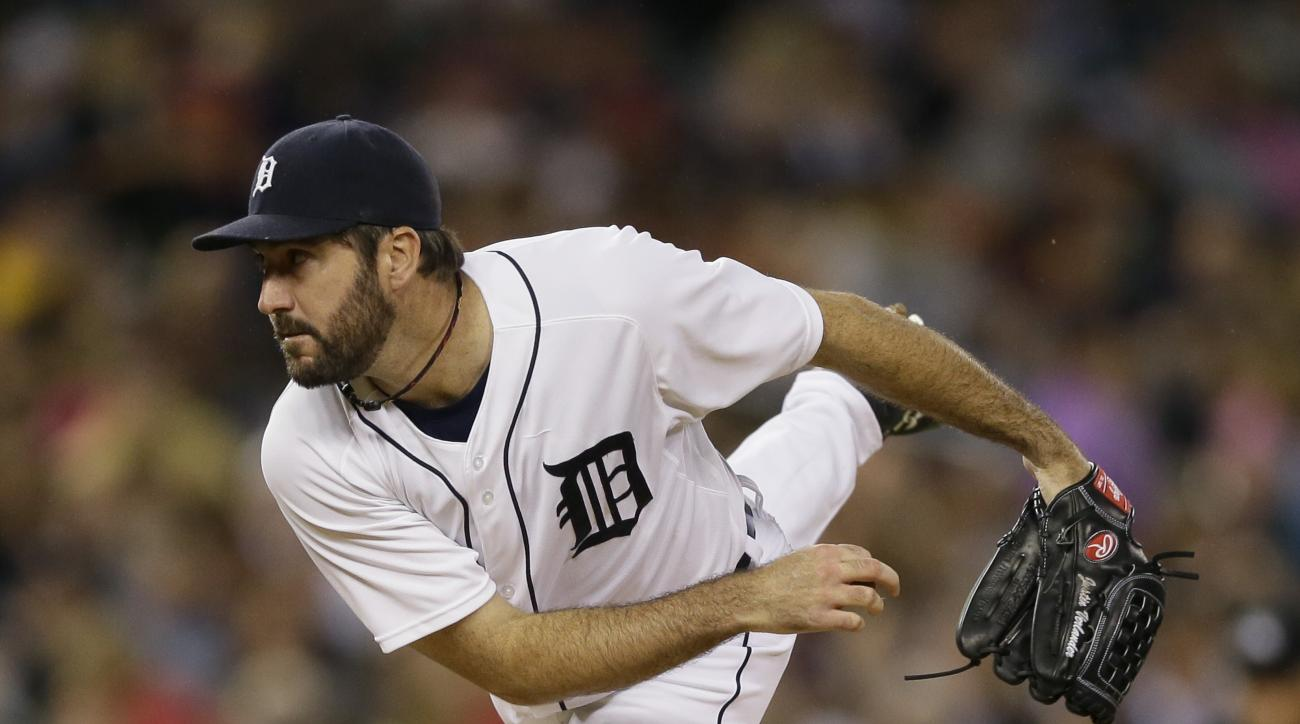 Detroit Tigers starting pitcher Justin Verlander throws during the fifth inning of a baseball game against the Los Angeles Angels, Wednesday, Aug. 26, 2015, in Detroit. (AP Photo/Carlos Osorio)