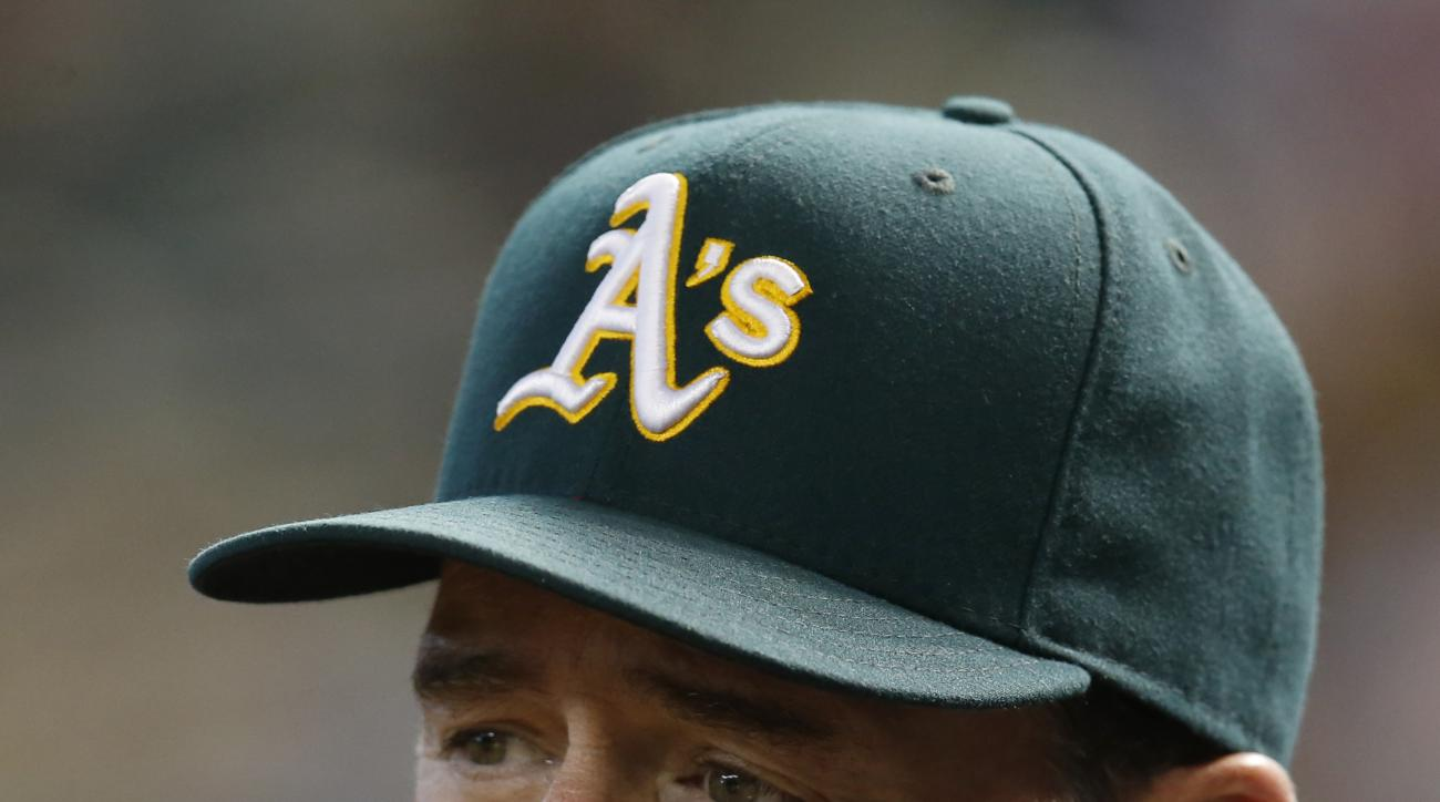 Oakland Athletics manager Bob Melvin (6) before a baseball game against the Arizona Diamondbacks, Sunday, Aug. 30, 2015, in Phoenix. (AP Photo/Rick Scuteri)