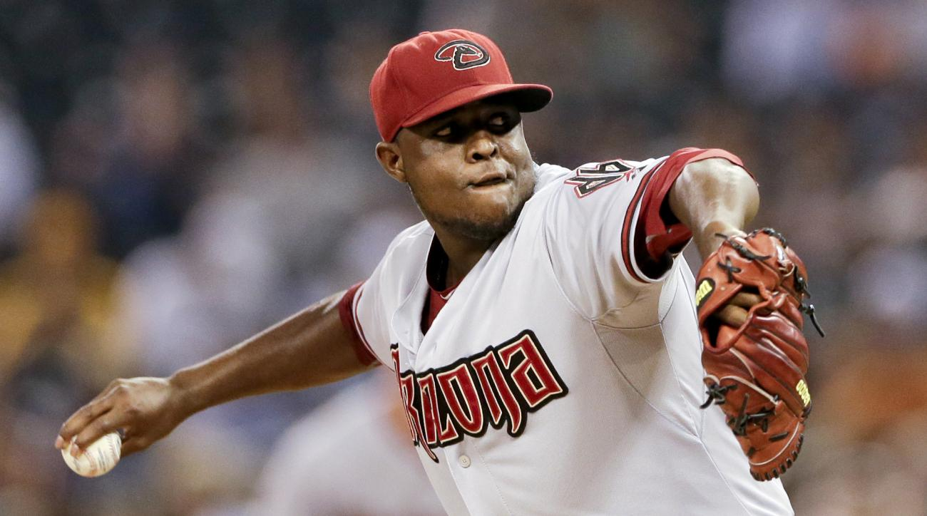 Arizona Diamondbacks starting pitcher Rubby De La Rosa works against a San Diego Padres batter during the first inning of a baseball game Friday, Sept. 25, 2015, in San Diego. (AP Photo/Gregory Bull)