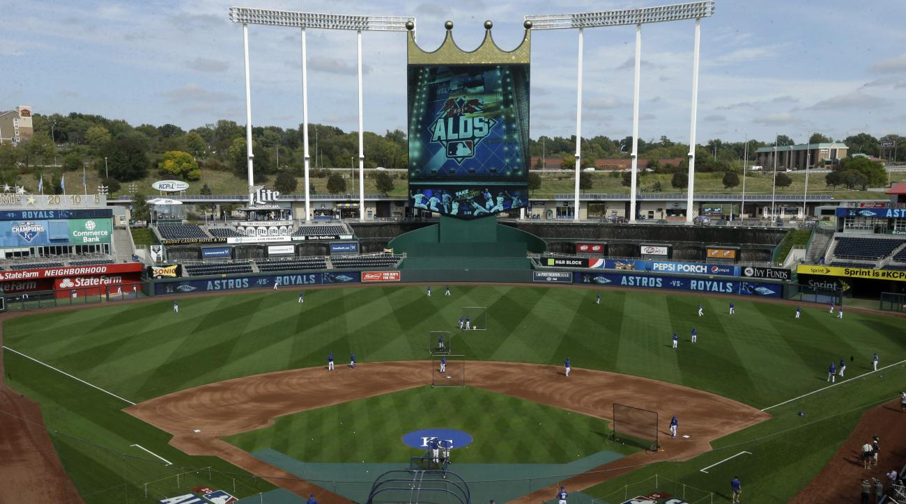The Kansas City Royals practice at Kauffman Stadium in Kansas City, Mo., Wednesday, Oct. 7, 2015. The Royals face the Houston Astros in Game 1 of the ALDS Thursday in Kansas City. (AP Photo/Orlin Wagner)