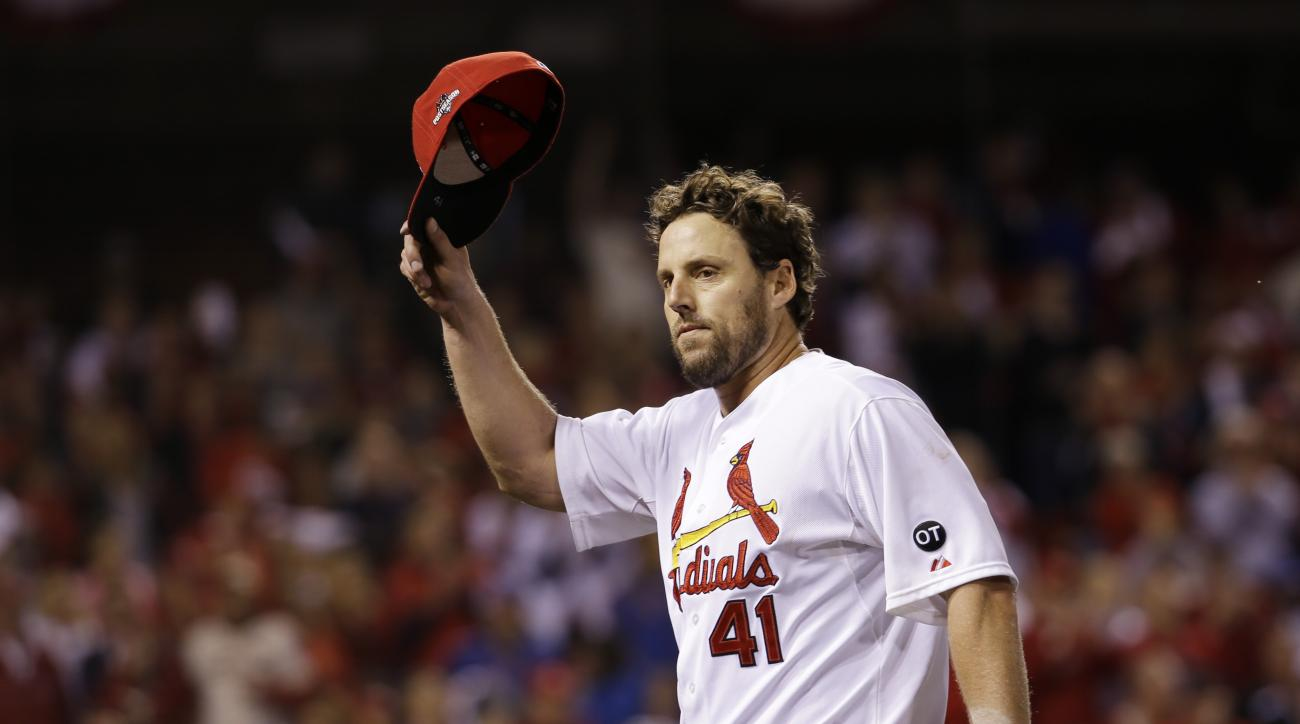 St. Louis Cardinals starting pitcher John Lackey (41) acknowledges the crowd after being taken out during the eighth inning of Game 1 in baseball's National League Division Series against the Chicago Cubs, Friday, Oct. 9, 2015, in St. Louis. (AP Photo/Jef