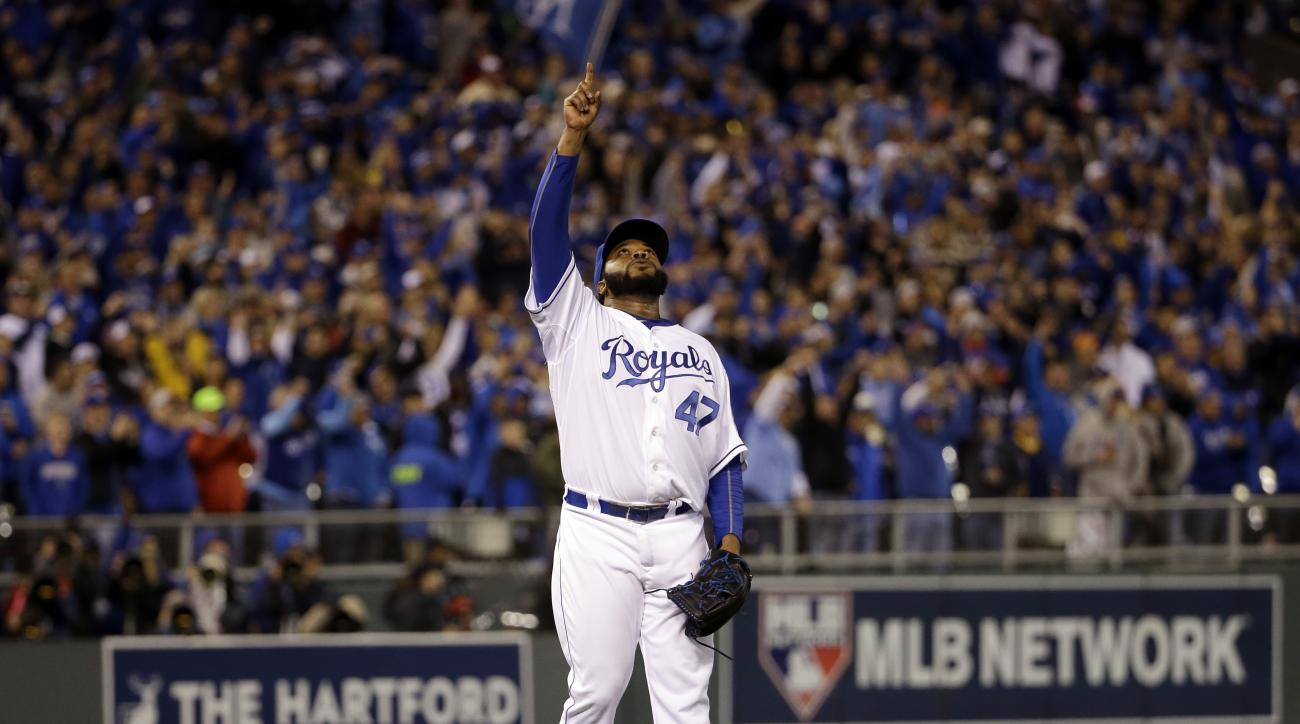 Kansas City Royals pitcher Johnny Cueto reacts after getting New York Mets' Yoenis Cespedes to fly out and end Game 2 of the Major League Baseball World Series Wednesday, Oct. 28, 2015, in Kansas City, Mo. The Royals won 7-1 to take a 2-0 lead in the seri