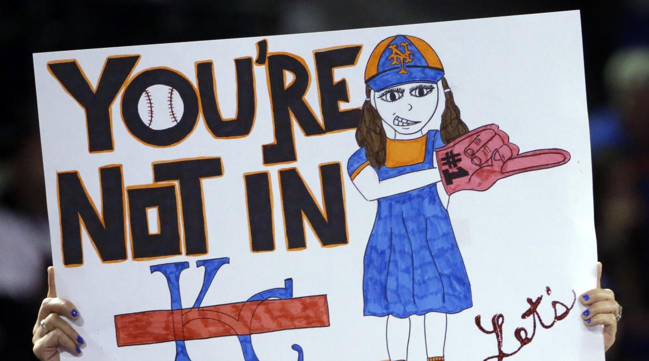 Fans cheer before Game 4 of the Major League Baseball World Series between the New York Mets and Kansas City Royals Saturday, Oct. 31, 2015, in New York. (AP Photo/David J. Phillip)