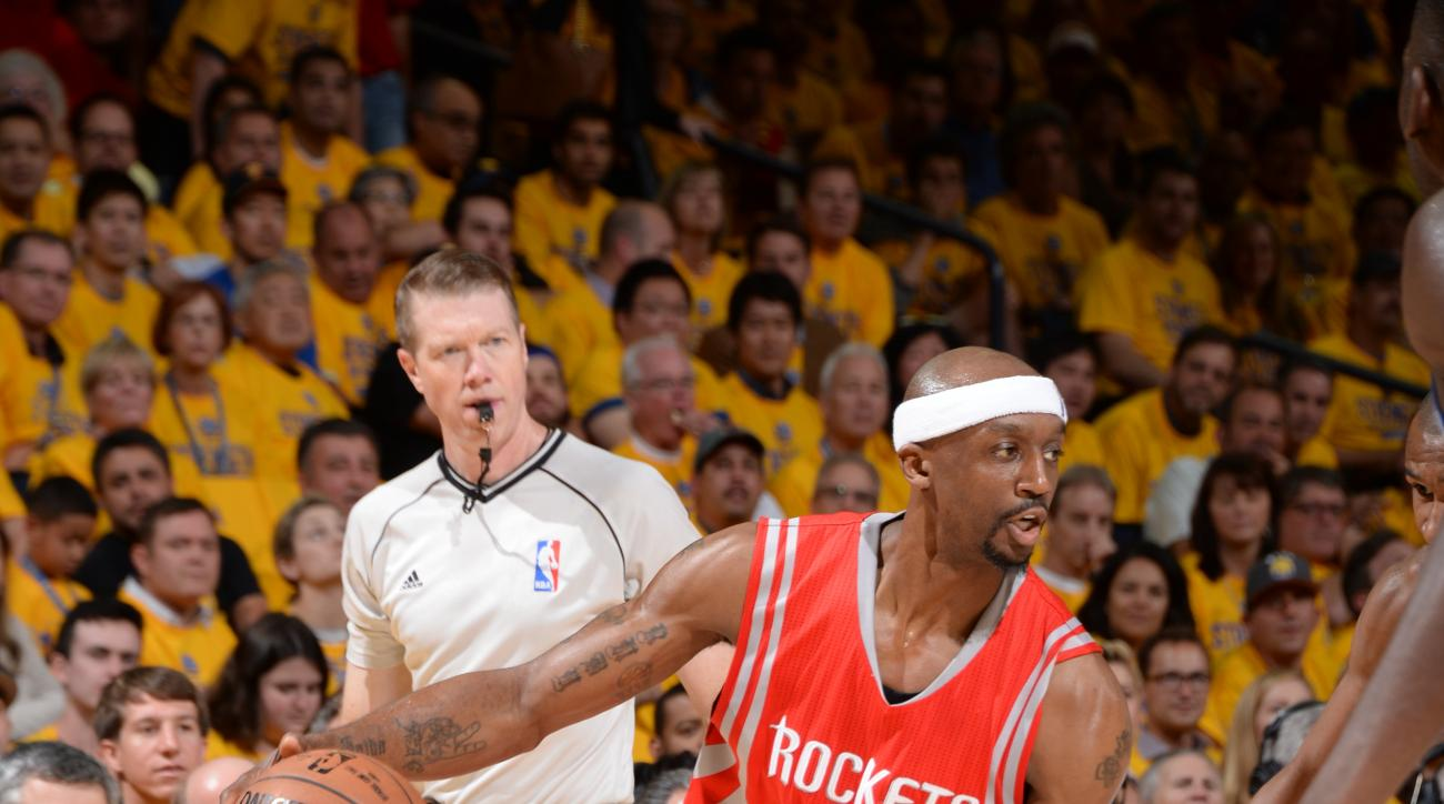 OAKLAND, CA - MAY 27:  Jason Terry #31 of the Houston Rockets drives to the basket against the Golden State Warriors in Game Five of the Western Conference Finals during the 2015 NBA Playoffs on May 27, 2015 at ORACLE Arena in Oakland, California. (Photo