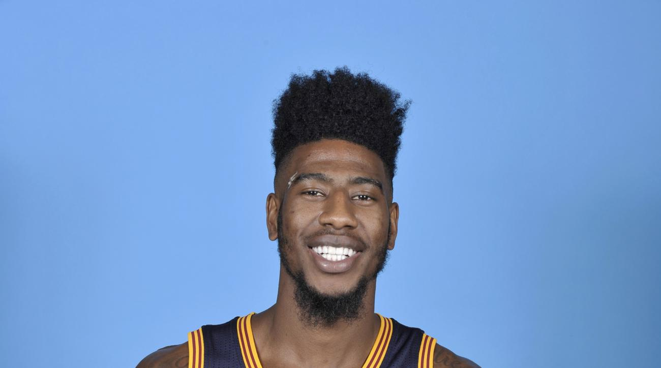 INDEPENDENCE, OH - SEPTEMBER 28: Iman Shumpert #4 of the Cleveland Cavaliers poses for a portrait during media day at The Cleveland Clinic Courts on September 28, 2015 in Independence, Ohio in Independence, Ohio. (Photo by David Liam Kyle/NBAE via Getty I