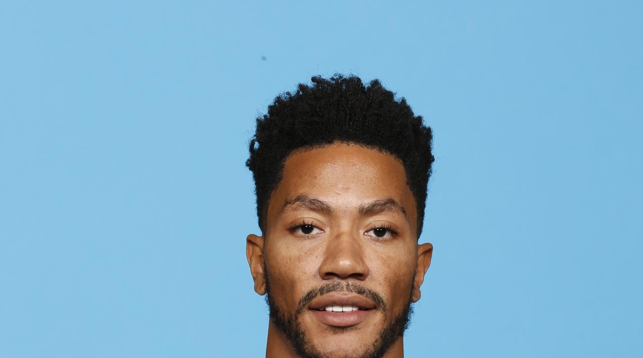 CHICAGO, IL - SEPTEMBER 28:  Derrick Rose #1 of the Chicago Bulls poses for a portrait during Media Day on September 28, 2015 at the Advocate Center in Chicago, Illinois. (Photo by Kamil Krzaczynski/NBAE via Getty Images)