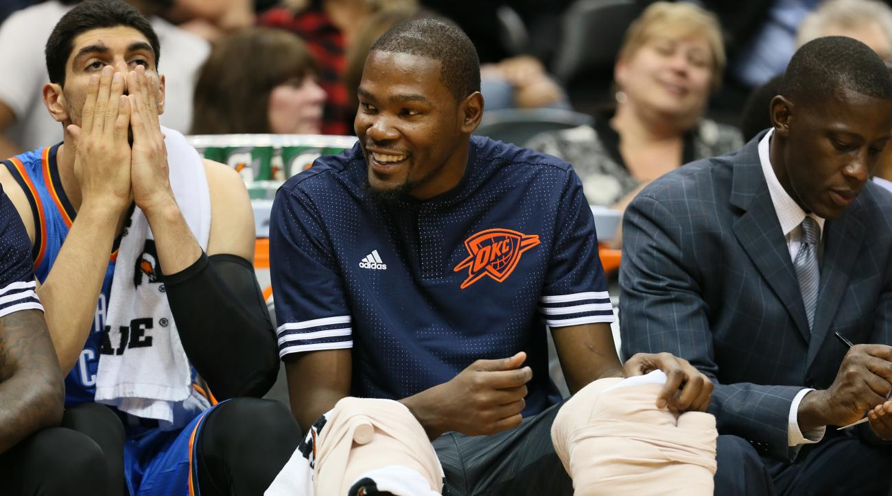 MINNEAPOLIS, MN - OCTOBER 7: Kevin Durant #35 of the Oklahoma City Thunder on the bench during a preseason game against the Minnesota Timberwolves on October 7, 2015 at Target Center in Minneapolis, Minnesota. (Photo by Jordan Johnson/NBAE via Getty Image