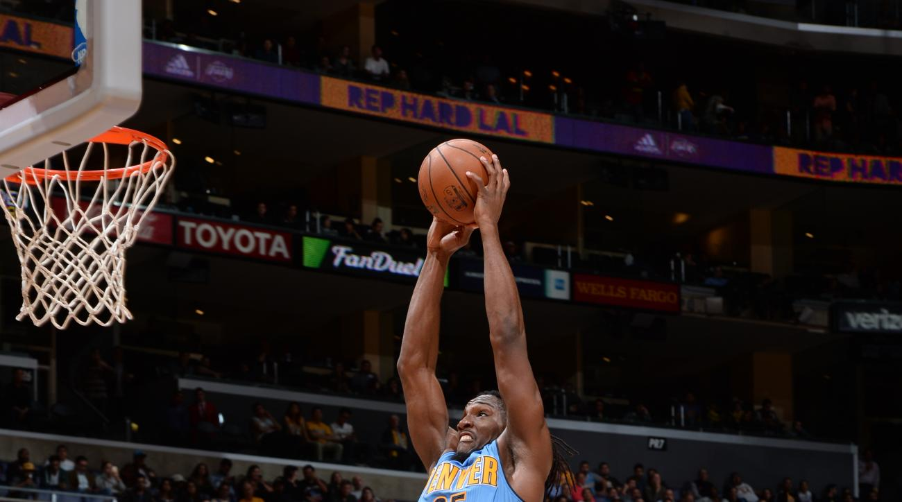 LOS ANGELES, CA - NOVEMBER 3:  Kenneth Faried #35 of the Denver Nuggets goes to the basket against the Los Angeles Lakers on November 3, 2015 at STAPLES Center in Los Angeles, California. (Photo by Andrew D. Bernstein/NBAE via Getty Images)