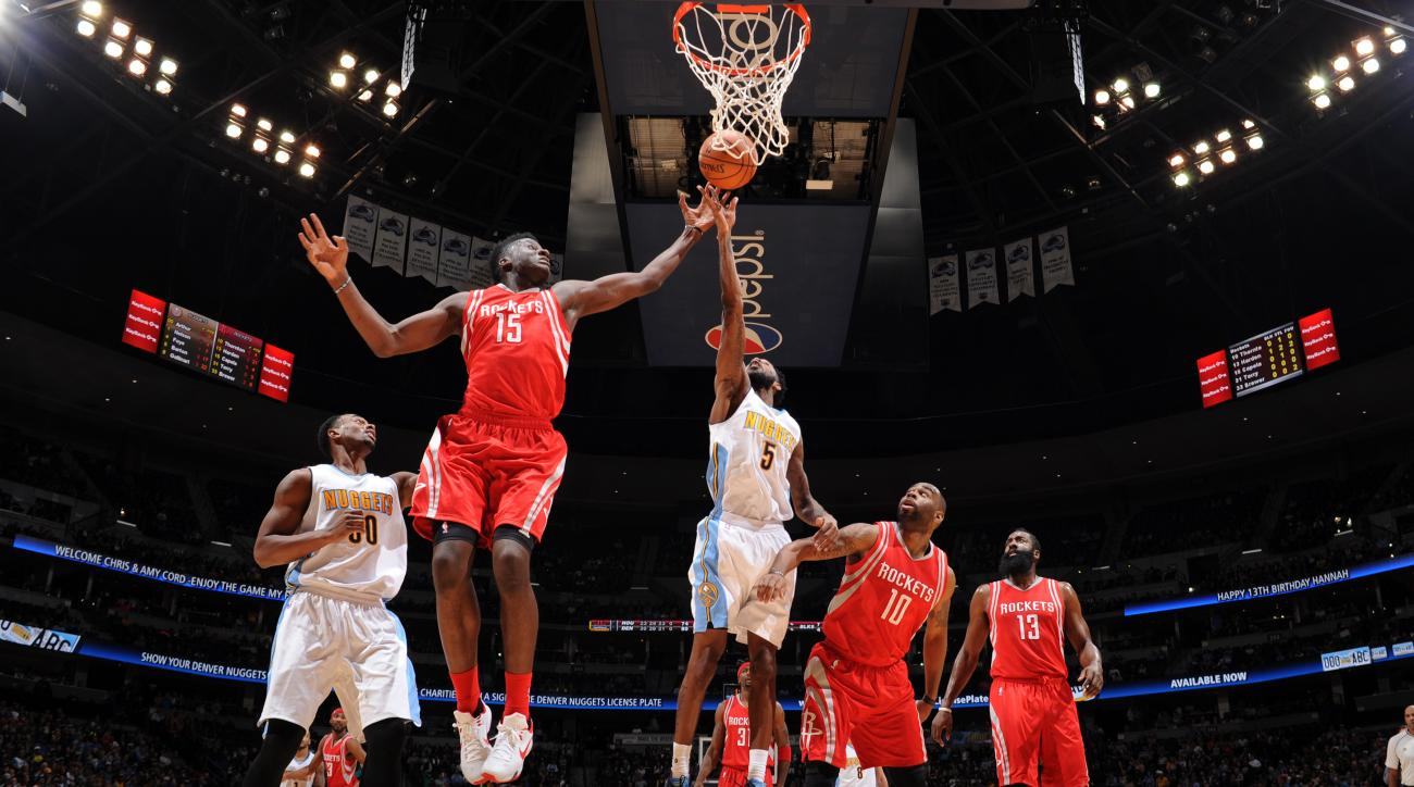 DENVER, CO - NOVEMBER 13: Will Barton #5 of the Denver Nuggets goes for the lay up during the game on November 13, 2015 at the Pepsi Center in Denver, Colorado. (Photo by Garrett Ellwood/NBAE via Getty Images)