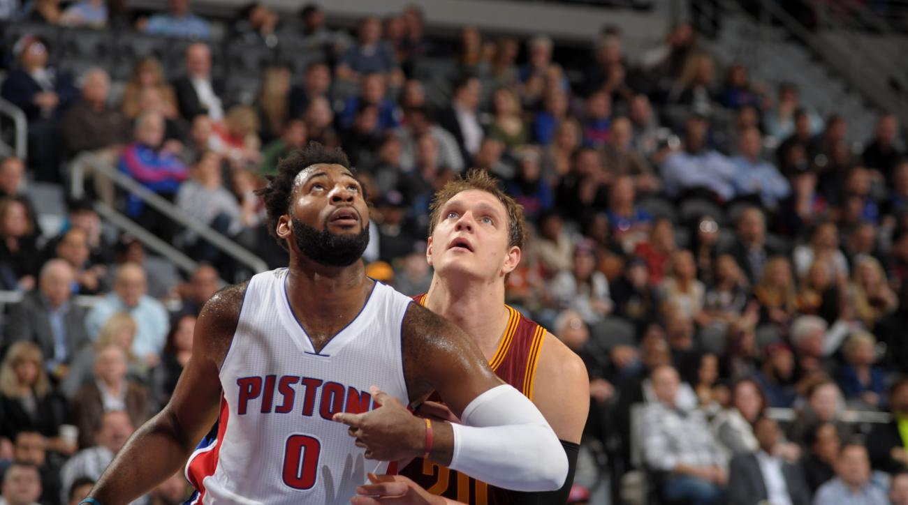 AUBURN HILLS, MI - NOVEMBER 17:  Andre Drummond #0 of the Detroit Pistons fights for position against Timofey Mozgov #20 of the Cleveland Cavaliers on November 17, 2015 at The Palace of Auburn Hills in Auburn Hills, Michigan. (Photo by D. Williams/Einstei