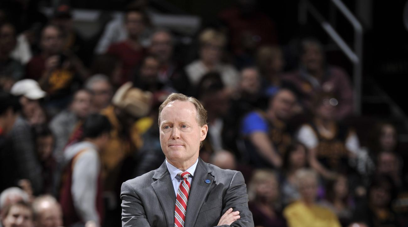 CLEVELAND, OH - NOVEMBER 21:  Head Coach Mike Budenholzer of the Atlanta Hawks looks on during the game against the Cleveland Cavaliers on November 21, 2015 at Quicken Loans Arena in Cleveland, Ohio. (Photo by David Liam Kyle/NBAE via Getty Images)