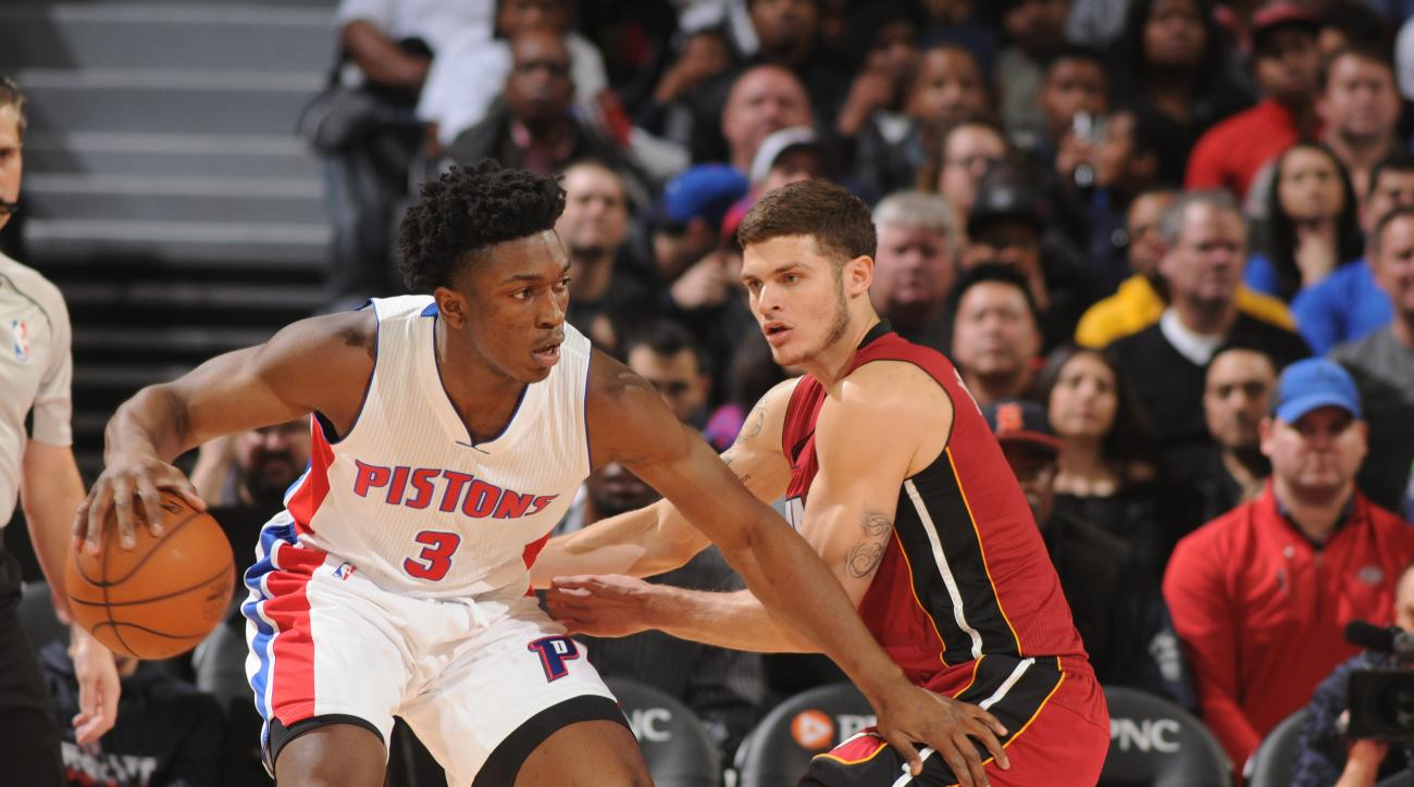 AUBURN HILLS, MI - NOVEMBER 25: Stanley Johnson #3 of the Detroit Pistons handles the ball against the Miami Heat on November 25, 2015 at The Palace of Auburn Hills in Auburn Hills, Michigan. (Photo by D. Williams/Einstein/NBAE via Getty Images)
