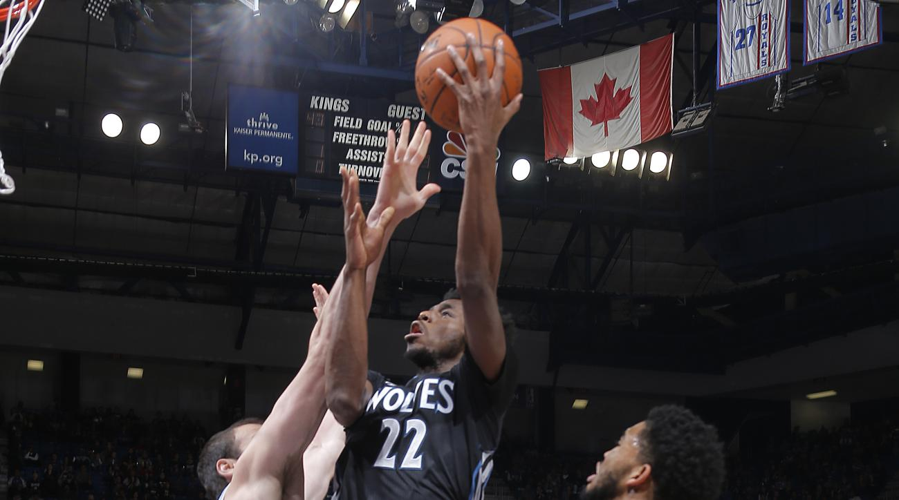 SACRAMENTO, CA - NOVEMBER 27:  Andrew Wiggins #22 of the Minnesota Timberwolves shoots the ball against the Sacramento Kings on November 27, 2015 at Sleep Train Arena in Sacramento, California. (Photo by Rocky Widner/NBAE via Getty Images)