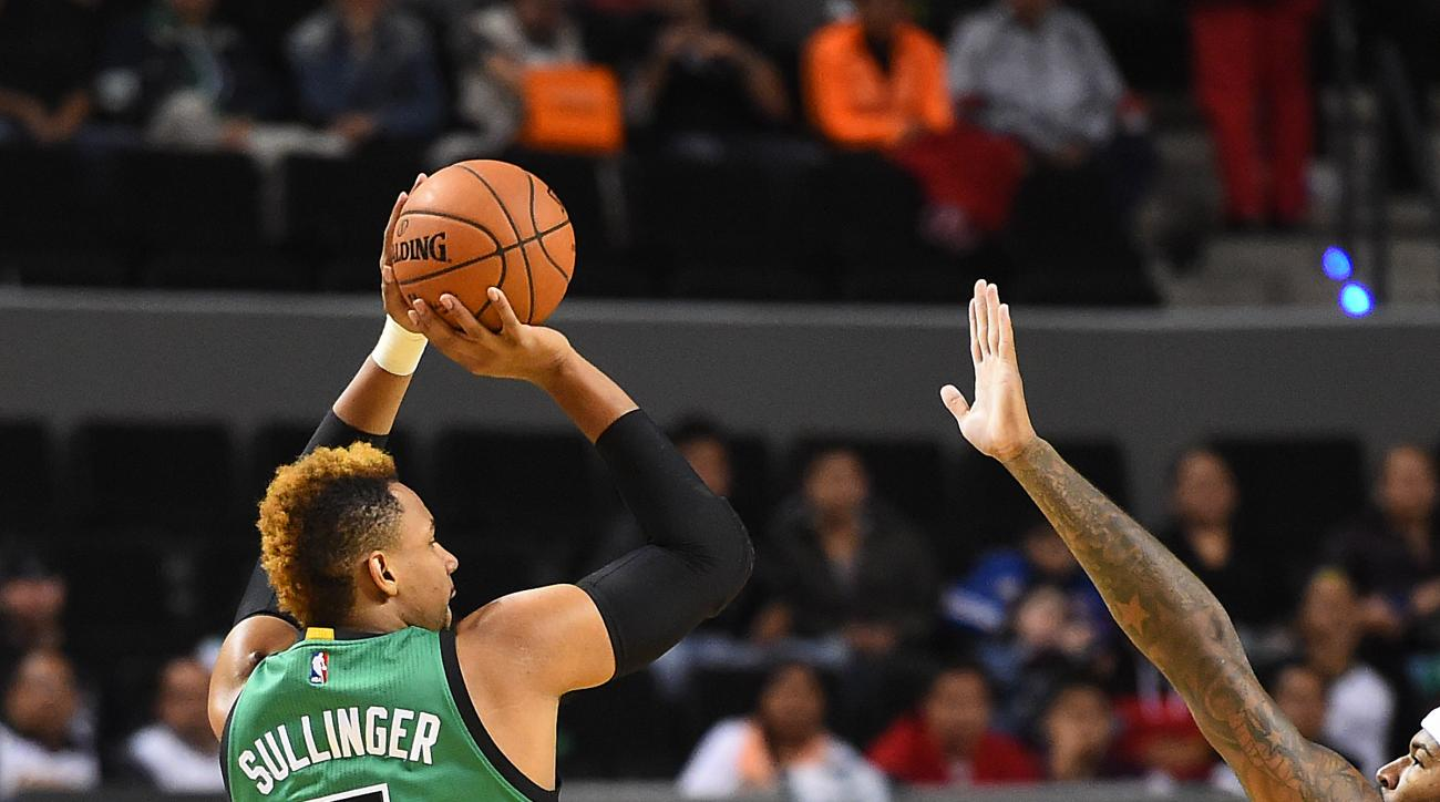 MEXICO CITY, MX - DECEMBER 3: Jared Sullinger #7 of the Boston Celtics shoots the ball during the game against the Sacramento Kings on December 3, 2015 at the Arena Ciudad de Mexico in Mexico City, Mexico. (Photo by Brian Babineau/NBAE via Getty Images)