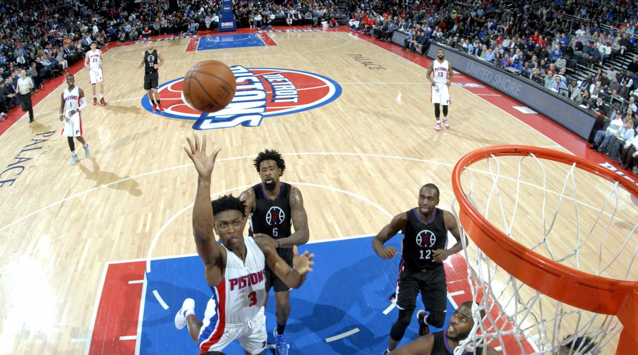 AUBURN HILLS, MI - DECEMBER 14:  Stanley Johnson #3 of the Detroit Pistons goes to the basket against the Los Angeles Clippers on December 14, 2015 at The Palace of Auburn Hills in Auburn Hills, Michigan. (Photo by Allen Einstein/NBAE via Getty Images)
