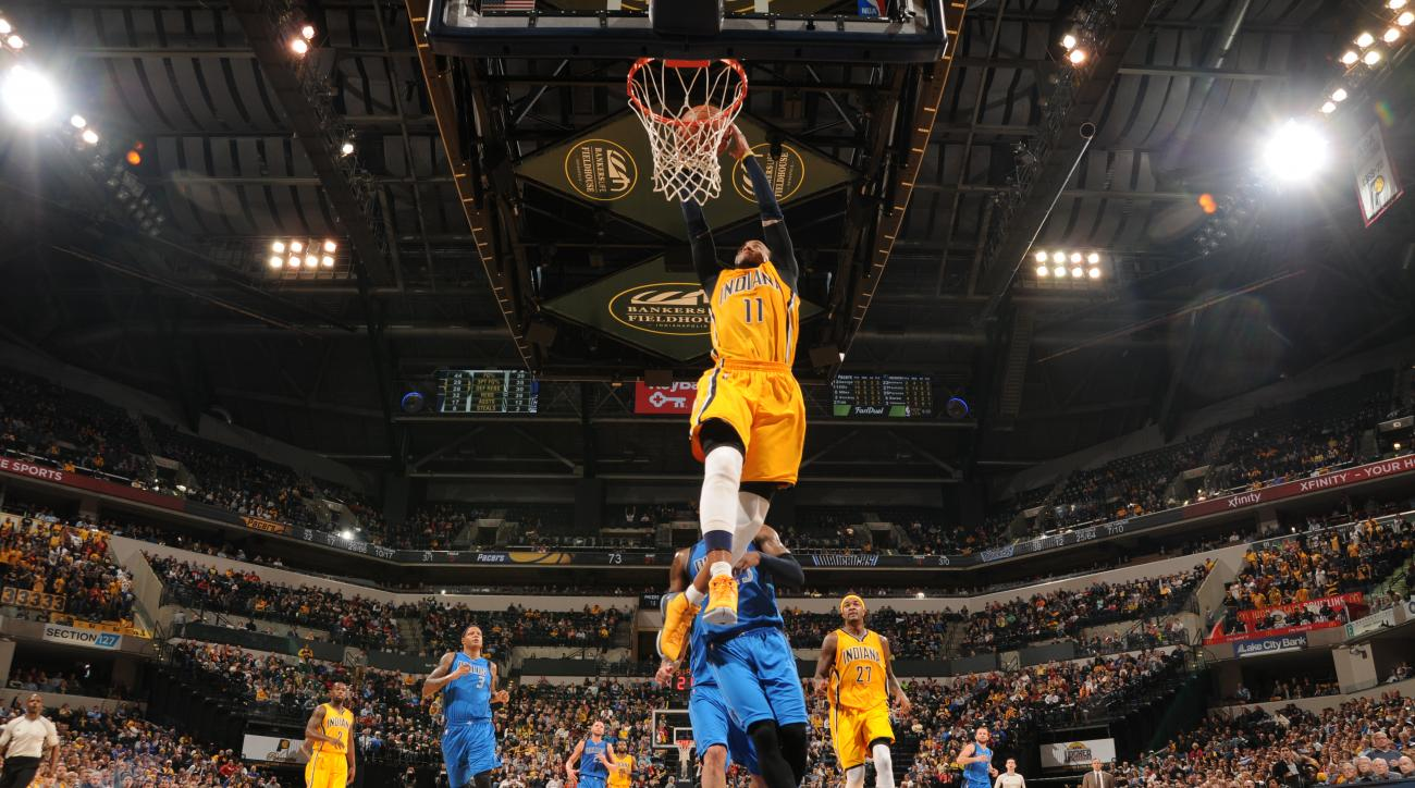 INDIANAPOLIS, IN - DECEMBER 16: Monta Ellis #11 of the Indiana Pacers dunks against the Dallas Mavericks during the game on December 16, 2015 at Bankers Life Fieldhouse in Indianapolis, Indiana. (Photo by Ron Hoskins/NBAE via Getty Images)