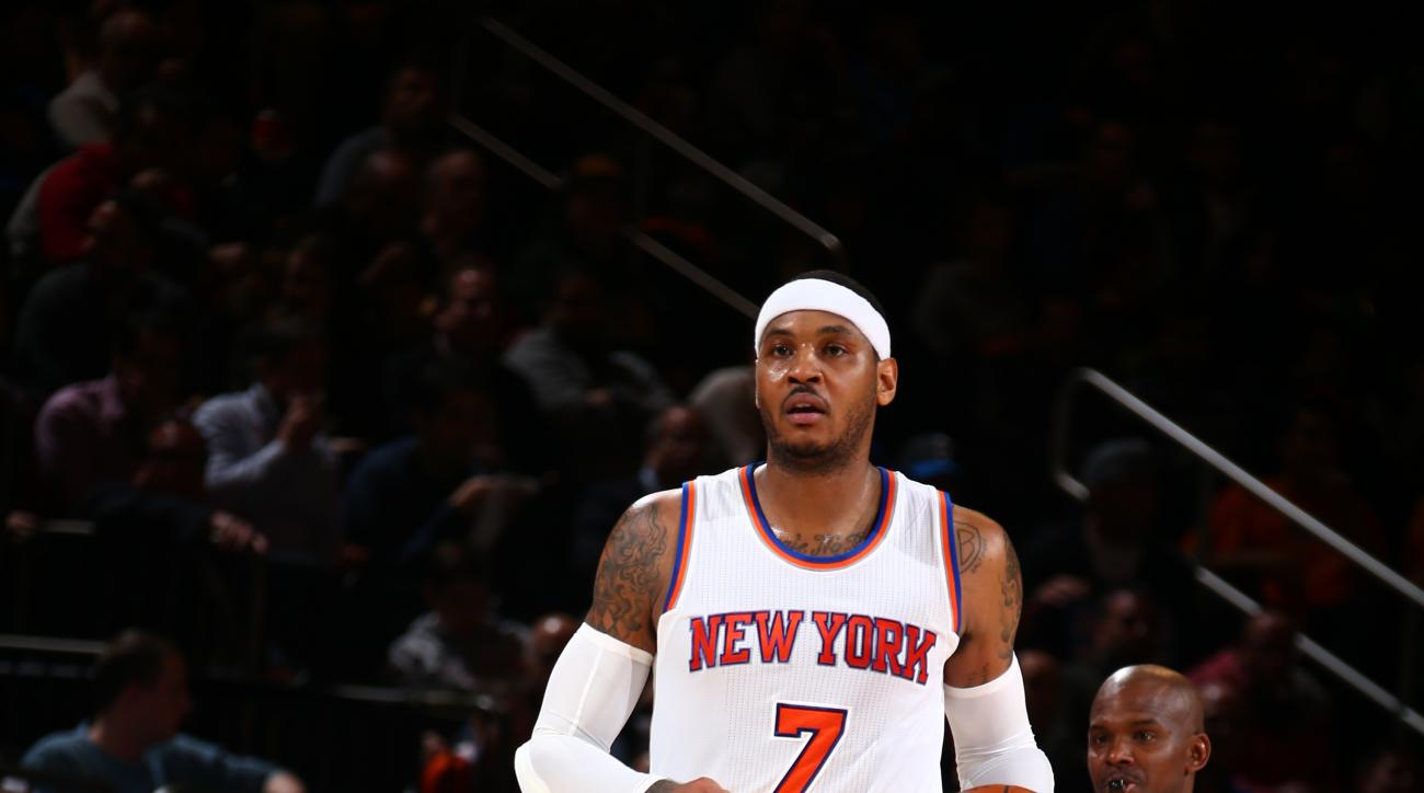 NEW YORK, NY - DECEMBER 21:  Carmelo Anthony #7 of the New York Knicks brings the ball up court against the Orlando Magic on December 21, 2015 at Madison Square Garden in New York City.  (Photo by Nathaniel S. Butler/NBAE via Getty Images)