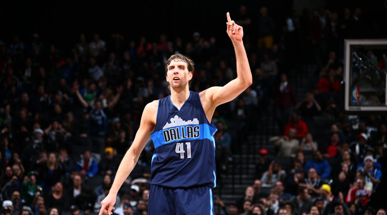 BROOKLYN, NY - DECEMBER 23: Dirk Nowitzki #41 of the Dallas Mavericks reacts after a play against the Brooklyn Nets on December 23, 2015 at Barclays Center in Brooklyn, New York. (Photo by Nathaniel S. Butler/NBAE via Getty Images)