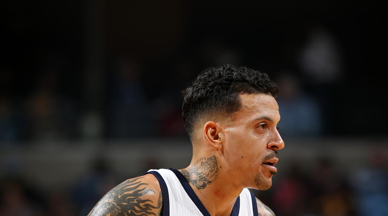 MEMPHIS, TN - DECEMBER 27: Matt Barnes #22 of the Memphis Grizzlies looks on during the game against the Los Angeles Lakers on December 27, 2015 at FedExForum in Memphis, Tennessee. (Photo by Joe Murphy/NBAE via Getty Images)