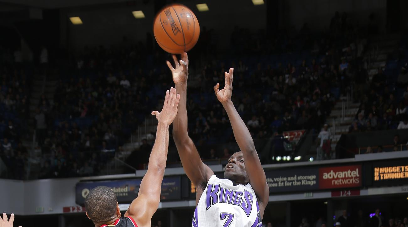 SACRAMENTO, CA - DECEMBER 27: Darren Collison #7 of the Sacramento Kings shoots the ball during the game against the Portland Trail Blazers on December 27, 2015 at Sleep Train Arena in Sacramento, California. (Photo by Rocky Widner/NBAE via Getty Images)