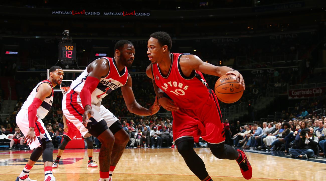 WASHINGTON, DC -  JANUARY 8: DeMar DeRozan #10 of the Toronto Raptors handles the ball against the Washington Wizards on January 8, 2016 at Verizon Center in Washington, DC. (Photo by Ned Dishman/NBAE via Getty Images)